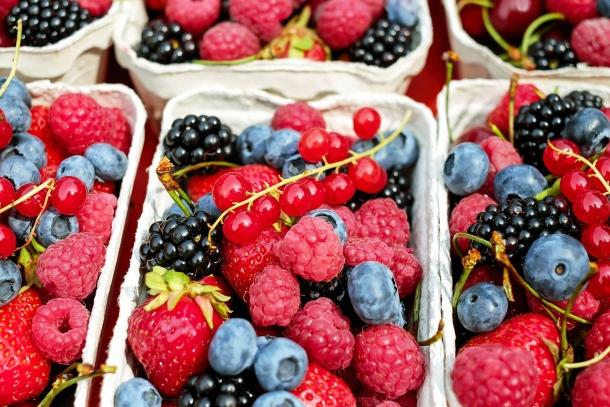 Ovocie bobulové, záhradná zmes